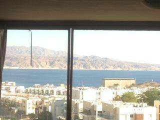 holiday apartment wide view to the red sea  :), Eilat
