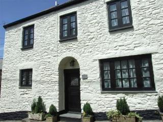 Character Exmoor Cottage in tranquil Parracombe