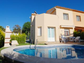 Villa-Duplex A with private Pool, Oliva