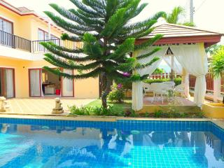 Comfortable family villa with private pool, Bang Tao Beach