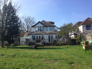 Lovely house and garden, Central London 35 mins