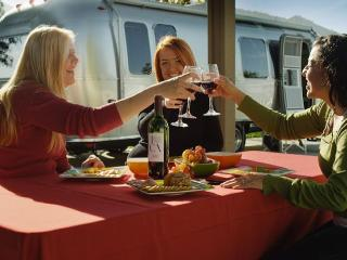 Stay in Wine Country next to Lake Skinner In My RV, Winchester