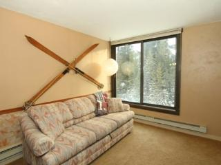 Best Value & Location, minutes to the lift, WIFI, sleeps 4, Big Sky