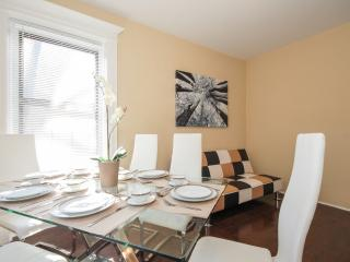Tasteful 3 bedroom Apt  10 minutes to Time Square, New York City