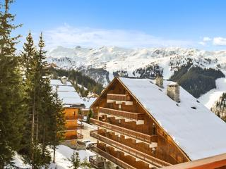 Cosy Meribel flat with terrace and view