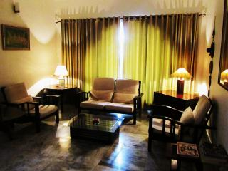 3 bedroom Guest House  BnB in city center(MG Road), Bengaluru (Bangalore)