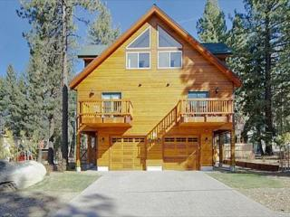 1175WB-Deluxe Tahoe Property close to Heavenly Village and Casinos, South Lake Tahoe