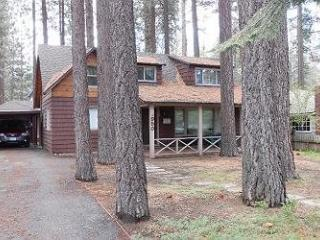 Across the street from the lake! Close to public beaches, bike trails, walk to restaurants, South Lake Tahoe