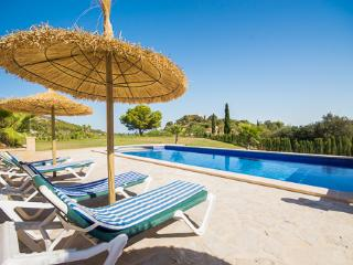 Apartment with pool, Cala Millor