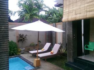 Beach-side sanur 3 bed 3 bath pvte pool villa, Sanur