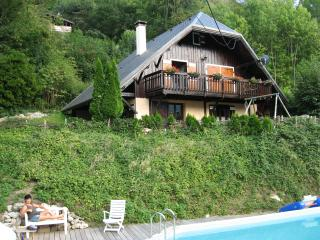 Large appartement in chalet, Sainte-Marie-de-Cuines