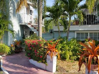 Wilton Manors 1bd /1 bath * A Key West Experience