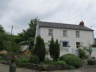 Luxury  character cottage with panoramic views, Lampeter