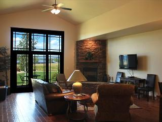 Pagosa Springs, CO Luxury Townhome T105