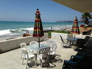 Beach Condo Right on the Sand- MONTHLY $6500 to $9,000, Dana Point