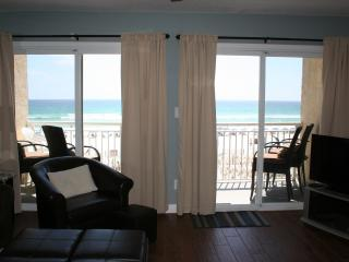 Newly Renovated Gulf Front Condo! Top Floor!, Fort Walton Beach