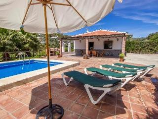 Private Lovely conuntry villa.  Swimming pool., Torrox