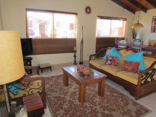Cozy huose, Great Location Downtown Rosarito Beach