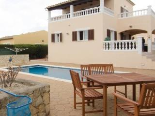 Very modern 3 bed villa with a large private pool, Cala Millor