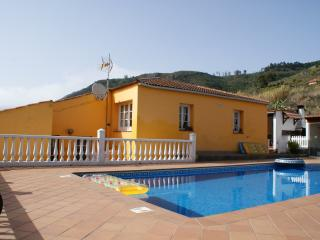 Tenerife North Villa for 8 people, Tegueste