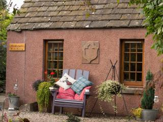 Kirkstyle Hideaway Serviced Bothy, Angus