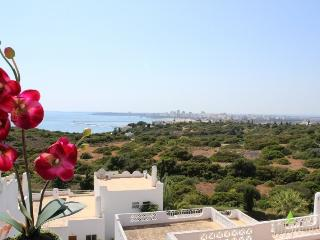 2 Bedroom apartment with magnificent Sea view, Ferragudo