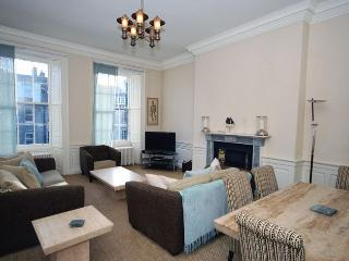 29399 Apartment in City Centre, Loch Ness