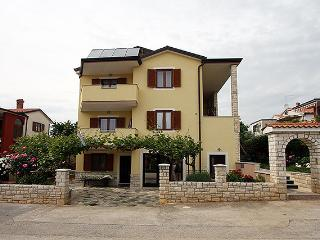 Apartment 1923, Novigrad