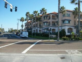 333 Pine Ave Super Comfortable Family Town home, Carlsbad