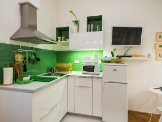 Green Pearl Apartment, Budapest