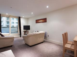 St George Wharf 2 bedroom, London