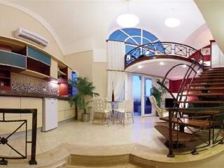 TURQUALTY CLUB /RENTAL &HOLIDAY PENTHOUSE GALLERY, Altinkum
