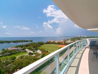BAY VIEWS-3/3.5 IN COCONUT GROVE! 2 FREE PARKING!!, Miami