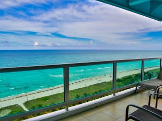 2 BR Queen Suite on Millionaire Row on Miami Beach