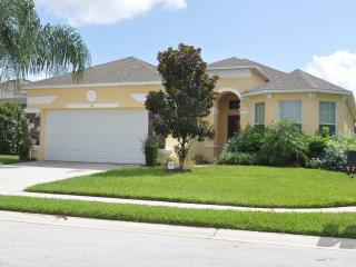 Beautiful 4 Bedroom Villa Located in Central FL, Haines City