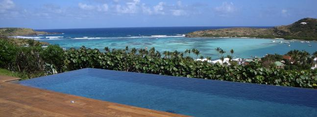 Villa Summer Breeze SPECIAL OFFER: St. Barths Villa 221 The Villa Overhangs The Lagoon Of Grand Cul De Sac And The Ocean.