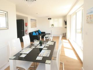 Latitude West with direct sea views, Bournemouth