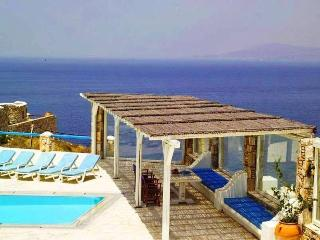 Sea view villa with large terrace and  pool, Mykonos (ville)
