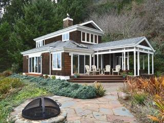 Maison De La Lune~Spectacular ocean views from NeahKahNie mountain, Manzanita