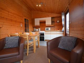 28806 Log Cabin in Millport