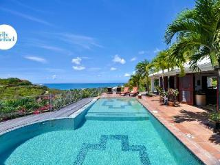 Azur Reve - Spacious, luxurious villa with view over the pool, sea & island of Anguilla, Terres Basses