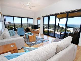 1 Grandview Drive Coolum Beach, Linen included, $500 BOND