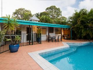 16 Santa Monica Avenue Coolum Beach - Pet Friendly, $500 Bond