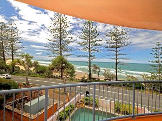 UNIT 4, The Rocks Coolum Beach, $500 Bond