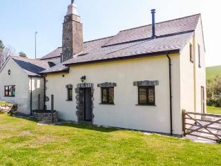 HIGHER WHIDDON FARM WHIDDON WELL, farm location, woodburner, WiFi, pet-friendly, near Ashburton, Ref  922472