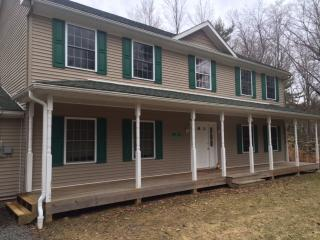 very spacious two story sleeps sleeps 30, Blakeslee