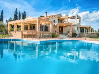 Astarte Villas - Istar Luxurious Private Villa, Zakynthos Town