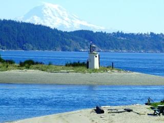 The acclaimed Parsonage Bed & Breakfast!, Gig Harbor