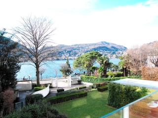 CENTER+AMAZING LAKE VIEW, Como