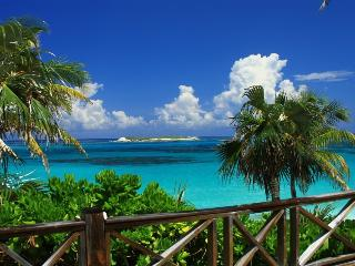 Bahamas Castaway-Beachfront Villa-Fantastic Views-, Eleuthera